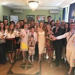 На День вишиванки Тіна Кароль зустрілася з українською громадою в Берліні (фото, відео)