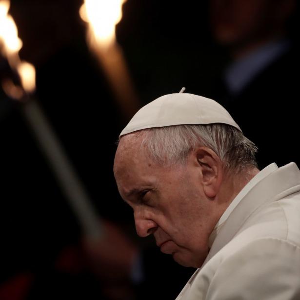 Посла України викликали до Папи Римського у зв'язку з резонансними законопроектами