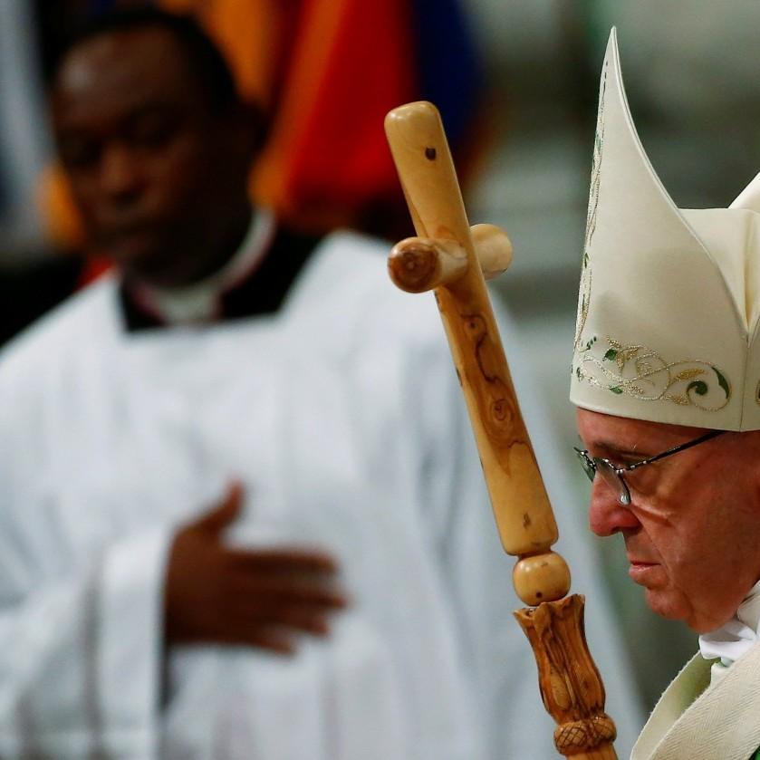 Ватикан не критикував релігійні законопроекти й не викликав посла України