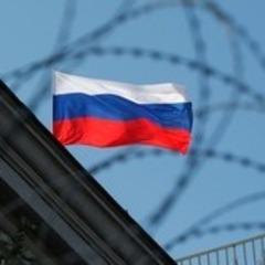 Клоуни зі зброєю: соцмережі вразило відео з «зухвалими» держкур'єрами в Росії