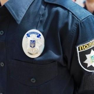 У Львові хлопчик серед ночі викликав поліцію через бійку батьків