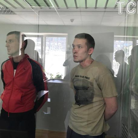 У Києві суд виніс вироки трьом молодикам, які жорстоко побили АТОвця у кафе