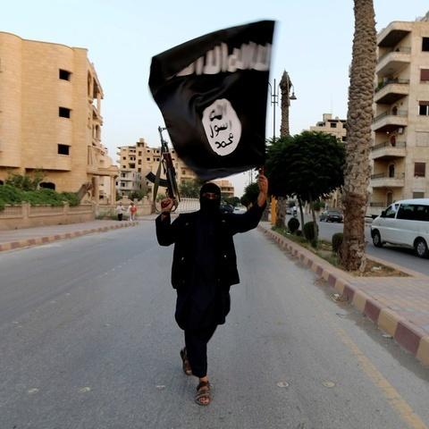 Бойовикам ІДІЛ заборонили користуватись соцмережами