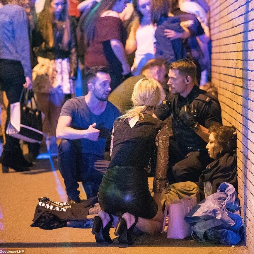 Вибух у Манчестері – жахливий теракт, - Мей