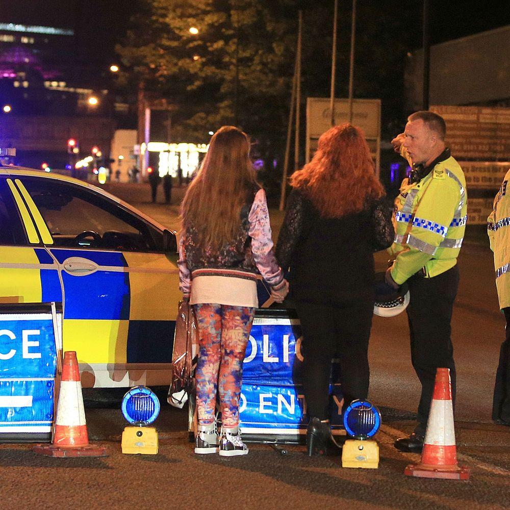 Напад у Манчестері був терактом, особа смертника відома, - Прем'єр Британії