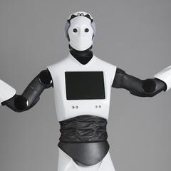 У Дубаї виходить на службу перший робот-поліцейський (фото)