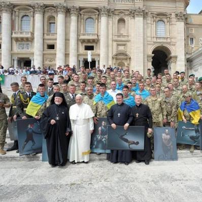 Папа Римський провів зустріч із українськими військовими (фото)