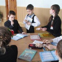 В Україну приїхали волонтери, щоб навчати дітей англійської мови (відео)