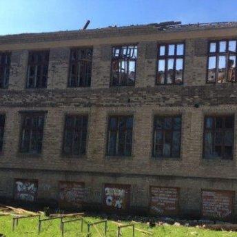 Обстріл Красногорівки: зруйновано 50% лікарні, частина міста без води і каналізації