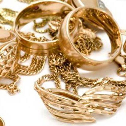 В Івано-Франківську у чоловіка з автомобіля вкрали 12 кг золота