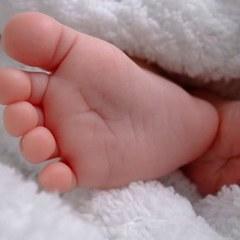 На Івано-Франківщині жінка вбила 2-місячного сина, бо не давав спати
