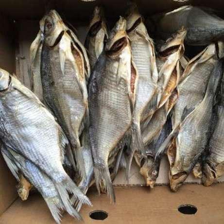 Ботулізм на Київщині: Фахівці роз'яснили як заражена риба потрапляє до супермаркетів