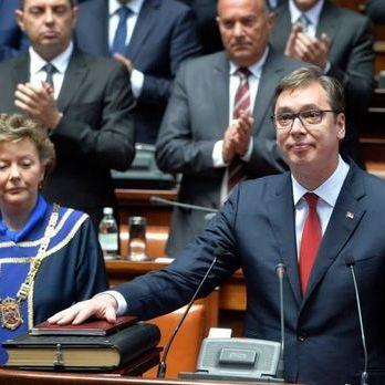 Новий президент Сербії Вучич склав присягу