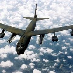 США перекинули до Європи бомбардувальники, здатні нести ядерну зброю