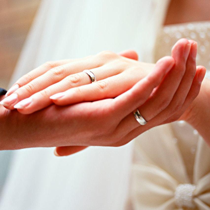 У Німеччині заборонили шлюби між неповнолітніми