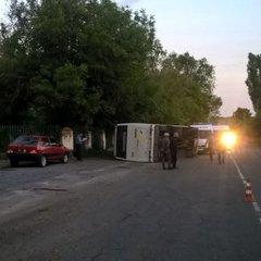 На Черкащині перекинувся автобус із пасажирами (фото)