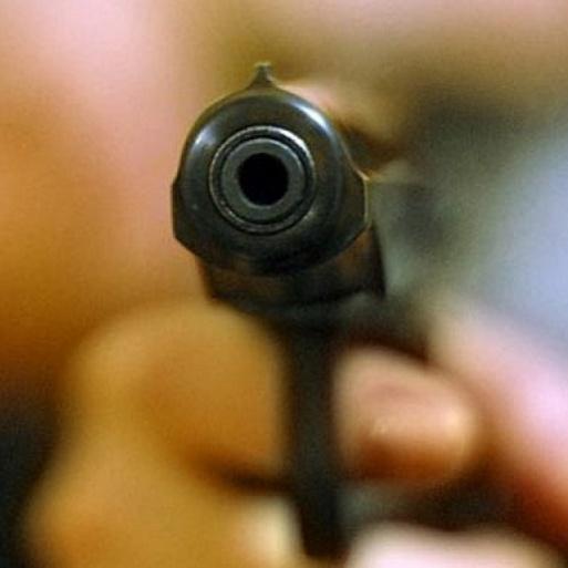 На Дніпропетровщині депутат відкрив стрілянину по газовиках  (відео)