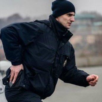 У Бердянську двоє чоловіків напали на патрульного поліції