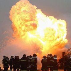 В Китаї на нафтохімічному заводі прогримів вибух (відео)