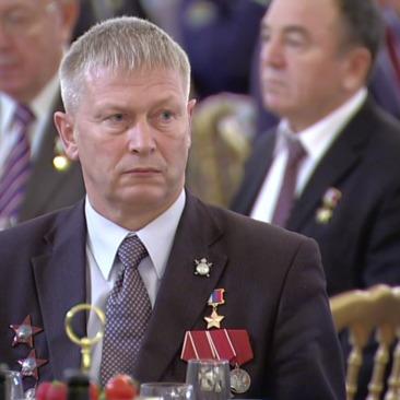 З мільйонами в кишенях: заступника приватної армії Путіна знайшли на вулиці в неадекватному стані