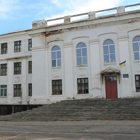Російські терористи обстріляли школу в Красногорівці, - штаб