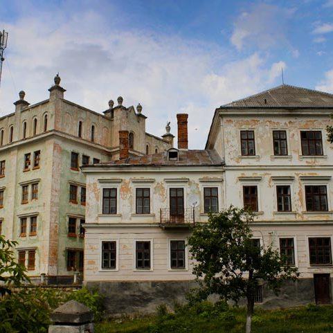 Російський бізнесмен Потьомкін продає старовинний Ягільницький замок у Тернопільській області
