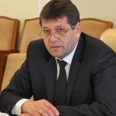 Ігор Луценко - віце-прем'єру: «Навіщо Ви їздили у Монако та фотографувалися із чиновником часів Януковича?»