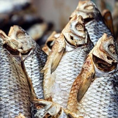 Із супермаркетів Львова вилучено близько 90 кг риби через ботулізм