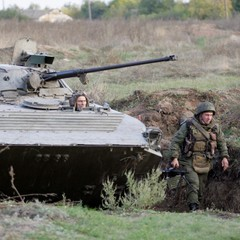 Бойовики обстріляли Кримське та підтягують сюди танки і бронетехніку