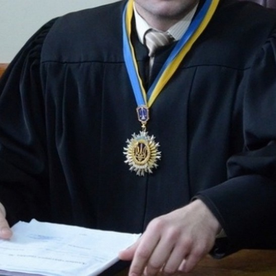 В Україні судді реєструються в гуртожитках щоб отримати нову квартиру