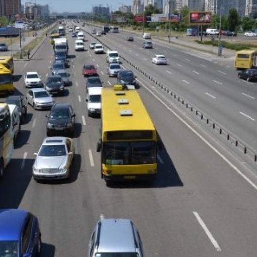 «Чесна парковка»: у столиці запрацювали нові паркувальники