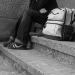 На Донеччині 14-річна дівчинка втекла з дому через розлучення батьків