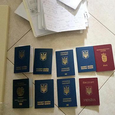 У Києві викрили банду шахраїв, які оформляли візи в Америку для «лікування»