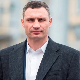 Віталій Кличко: «До кінця весни наступного року ми плануємо здійснити реконструкцію легендарного стадіону «Старт»
