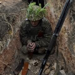 На Луганському напрямку зафіксовано найбільше фактів застосування противником зброї - 29 обстрілів, - штаб АТО (відео)