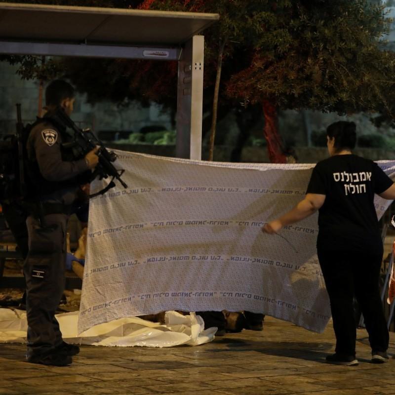 Теракт у центрі Єрусалиму: В ІД взяли на себе відповідальність (фото, відео)