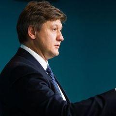 Податковий комітет вимагає у прем'єра звільнення міністра фінансів Данилюка