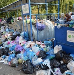 Зі Львова сьогодні почнуть вивозити сміття