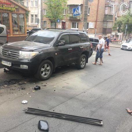 Підрив джипа у Києві: замах могла організувати Росія, він може бути корисним прокуратурі