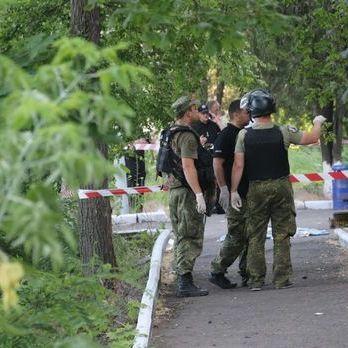 Аброськін повідомив, що в Маріуполі семеро поліцейських були поранені унаслідок вибуху