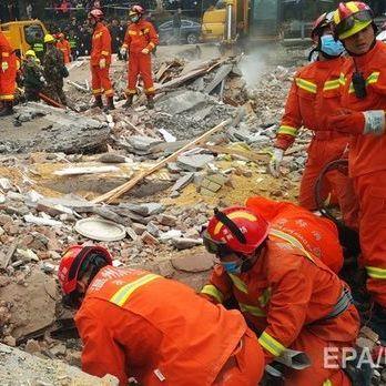 Понад 140 осіб зникло безвісти під час сходження зсуву в Китаї