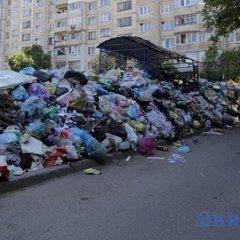 Зі Львова вивезли понад 640 тонн сміття