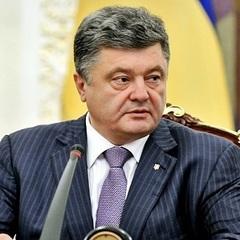 Порошенко нагородив орденами нардепів, які голосували за диктаторські закони 16 січня
