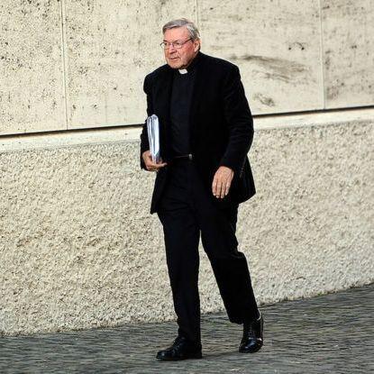 Скарбника Ватикану звинувачують у розбещенні неповнолітніх