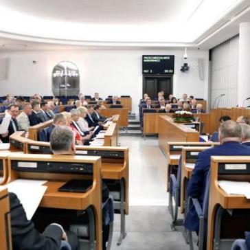 Сенат Польщі ухвалив закон про заборону пропаганди комунізму