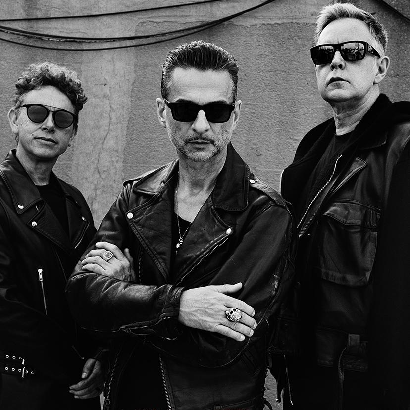 Depeche Mode на концерті у Києві хоче чорні чашки, срібні ложки і 100 кіло льоду