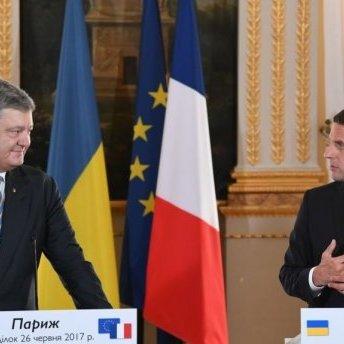 Французькі ЗМІ проігнорували візит президента України