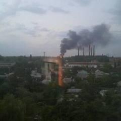 У Дніпрі виникла масштабна пожежа на складі (фото, відео)