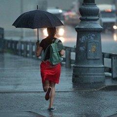 У Москві вирує потужний шторм: близько 16 постраждалих (відео)