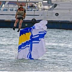 Вертольоти, парашути і морські «котики»: як в Одесі видовищно відзначали День флоту